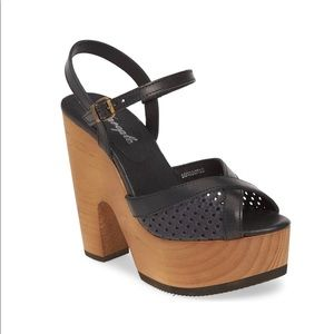 Free people Platform high heel size 10 New in box